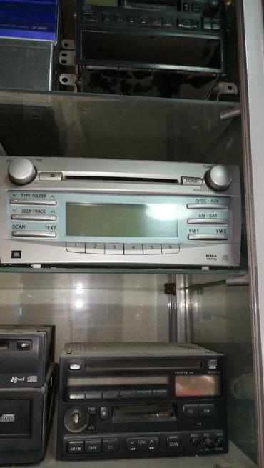 Продаю штатную авто магнитолу на тойета камри 40/45  в Бишкек