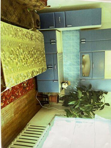 кирпичный завод в бишкеке в Кыргызстан: Продам Дом 70 кв. м, 4 комнаты