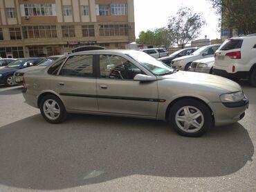 Opel - Azərbaycan: Opel Vectra 2.5 l. 1998 | 285346 km