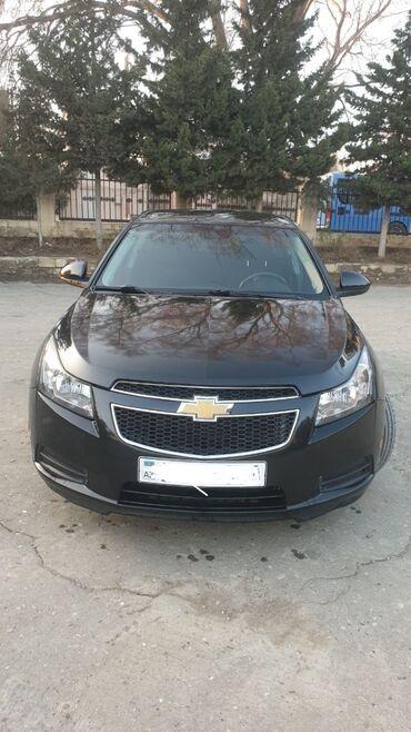 - Azərbaycan: Chevrolet Cruze 1.4 l. 2014   200000 km