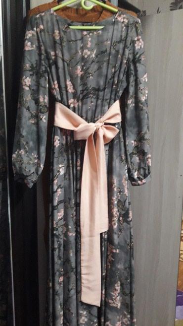 Продаю красивое платье в пол. размер в Бишкек