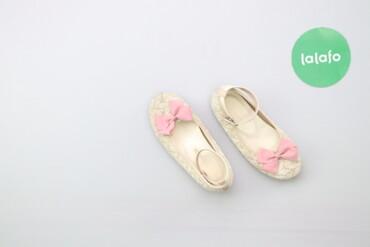 Дитячі туфлі з бантиком Mikimoto    Довжина підошви: 19 см  Стан дуже