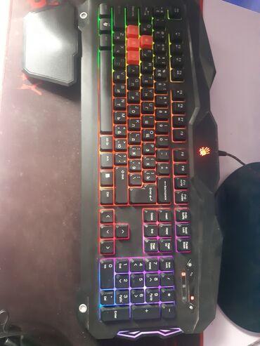 Клавиатуры в Кыргызстан: Продаю клавиатуру BLOODY  Все кнопки работают  Состояние хорошое