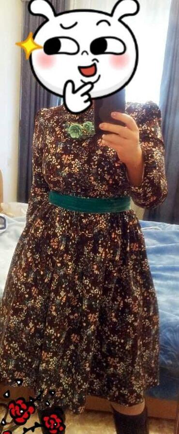 Продаю платье, покупала в Бишкек парке. Одела один раз. Размер 44-46