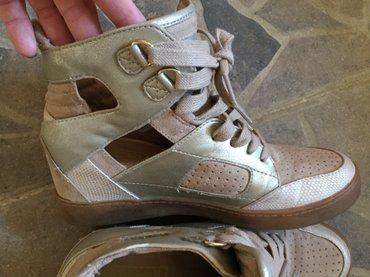 Ženska patike i atletske cipele - Obrenovac: Nosene 2 puta, 1000din