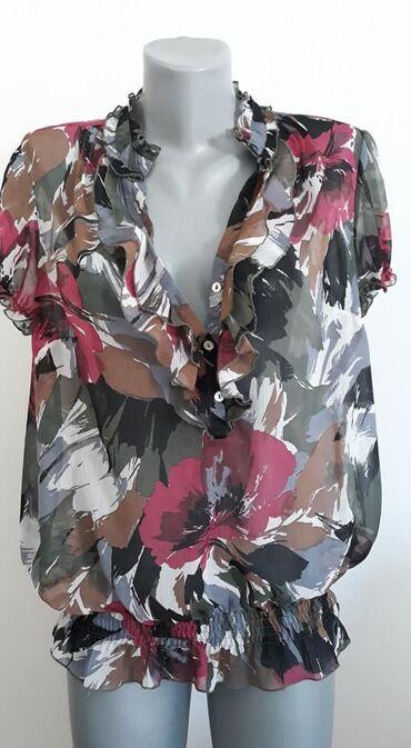 Pantalone bpc - Srbija: Bluza BPC 44 cena 750poliestersirina ramena 43 sirina grudi 62 duzina