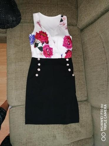 Haljine - Sabac: Ženska nova haljina, sa cvetnim dezenom, nova, M veličina, dužina malo