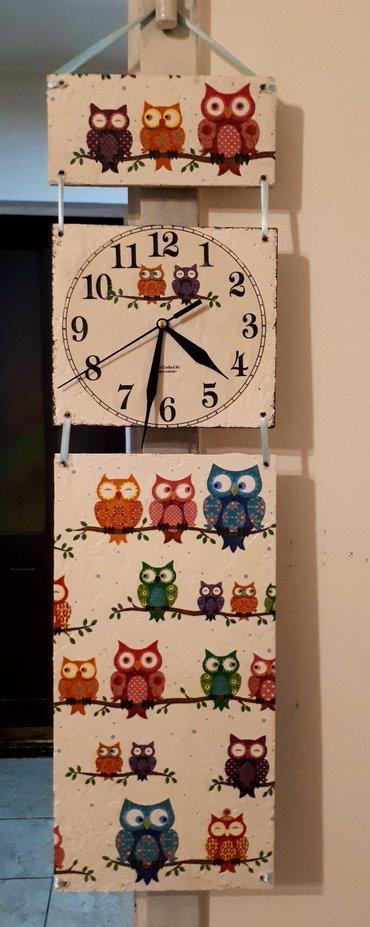 Drveni zidni sat dimenzija 17x61 cm. Rucni rad. - Vrsac