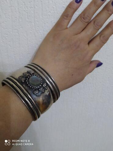 Продаю браслеты, очень красивые, модные,необычные.цена 400сом за