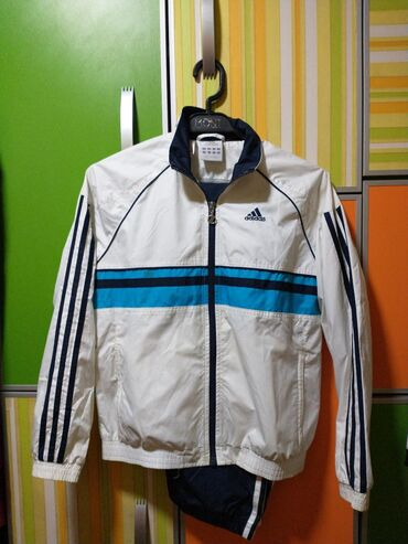 Sportska odeća | Srbija: Adidas original decija trenerka odlicna