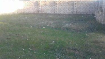 дом с цокольным этажом и гаражом в Азербайджан: Продажа 20 соток