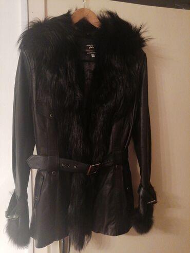 Crna kožna jakna sa prirodnim krznom!