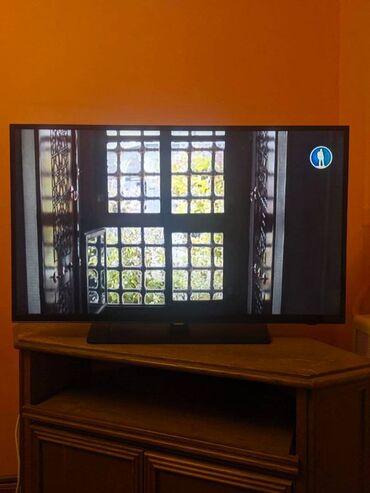 Телевизор Samsung UE40H4200AK В полной комплектации, в коробке со все