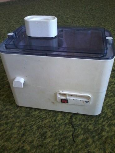 Другая посуда - Кыргызстан: Соковижималка.кухонный комбайн.рабочий.производство баку. Цена 2500