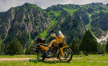 Honda xrv750 Легендарный турэндуро мотоцикл хонда африка твин. В очень