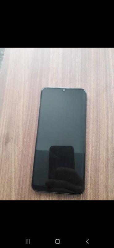 İşlənmiş Samsung A500 128 GB qara
