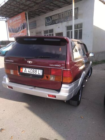 Ssangyong - Кыргызстан: Ssangyong Musso 2.4 л. 1994