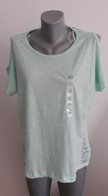 Majica Janina 46 Nova cena 800pamuk,cipka je poliestersirina ramena 46