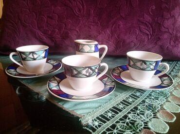 Kuhinjski setovi - Kraljevo: Soljice za kafu,nove,stari tanji porcelan. Komada 3 i posuda za