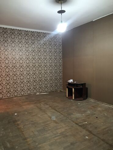 1 комнатные квартиры продажа in Кыргызстан | ПОСУТОЧНАЯ АРЕНДА КВАРТИР: 105 серия, 1 комната, 19 кв. м Без мебели