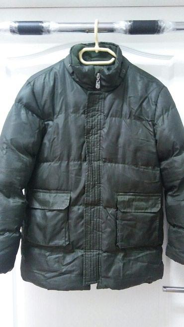 Maslinasto zelena jakna.u odlicnom stanju.ve.146/152 - Jagodina