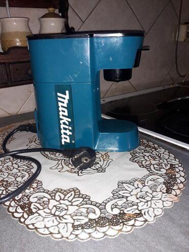 Ostali kućni aparati | Srbija: MASINA ZA KAFUMasina za filter kafu, potpuno ispravna, mala