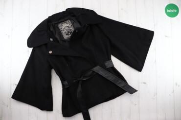 Жіночий піджак на заклепках з поясом Guess, p. M    Довжина: 69 см Рук
