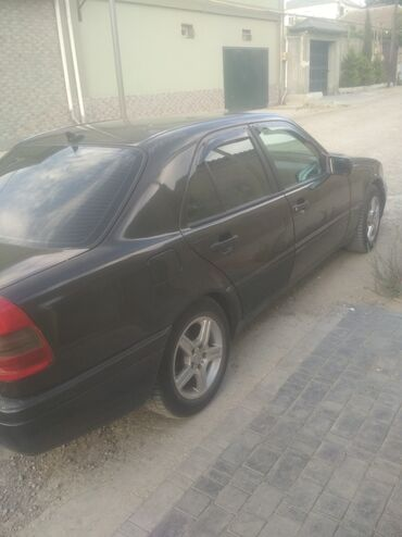 masin satilir in Azərbaycan | VOLKSWAGEN: Mercedes-Benz C 180 1.8 l. 1995 | 260000 km