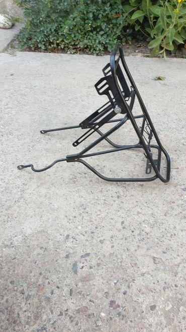 Спорт и хобби - Джал мкр (в т.ч. Верхний, Нижний, Средний): Продаётся багажник на велосипед. Новый,состояние идеальное.Все болты н