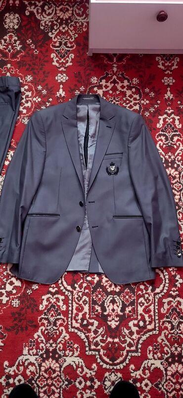 продам пластинки в Кыргызстан: Продаю костюм состояние отличное