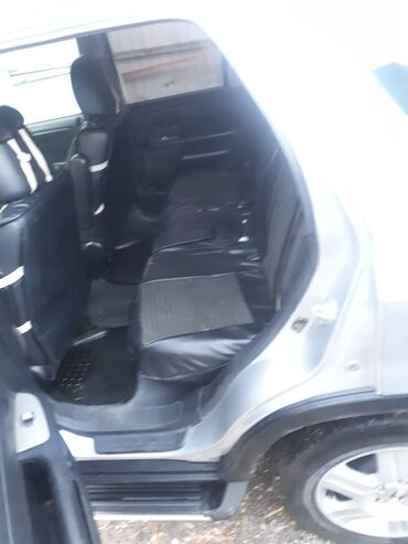 priglashaem v salon krasoty в Кыргызстан: Honda CR-V 2003