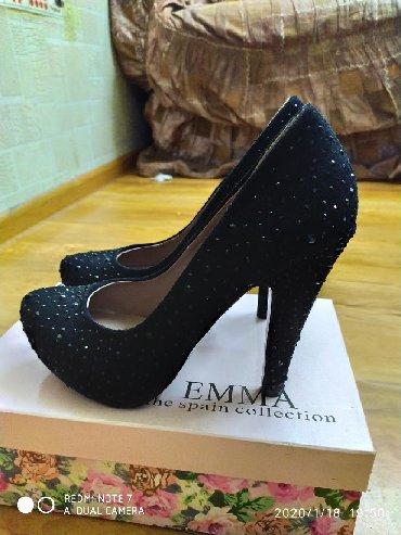 emma tufli в Кыргызстан: Новые туфли со стразами фирмы EMMA.37,38размеры