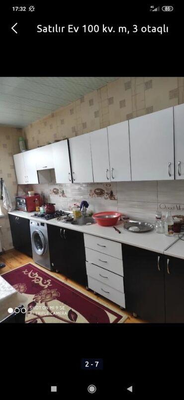 Evlərin satışı - Bakı: Ev satılır 100 kv. m, 3 otaqlı, Bələdiyyə