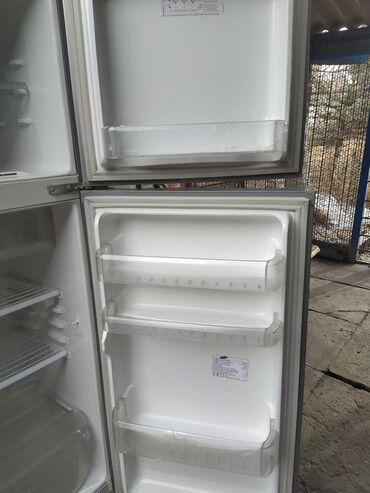 веб камеры sven в Кыргызстан: Б/у Двухкамерный Серый холодильник Samsung