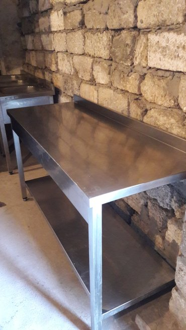ber ber stolu - Azərbaycan: Nerjoveka stol. Masa. Calisma Dezgahi. Olcusu 140x60sm