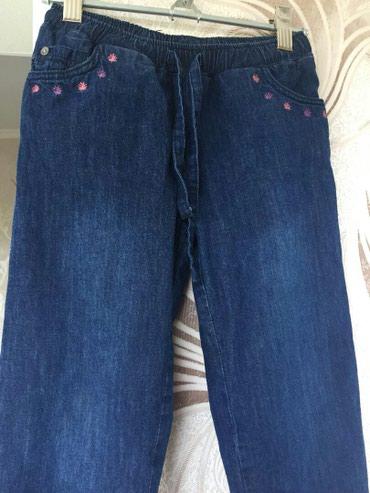 Продаю джинсы на девочку 6 лет,на в Бишкек