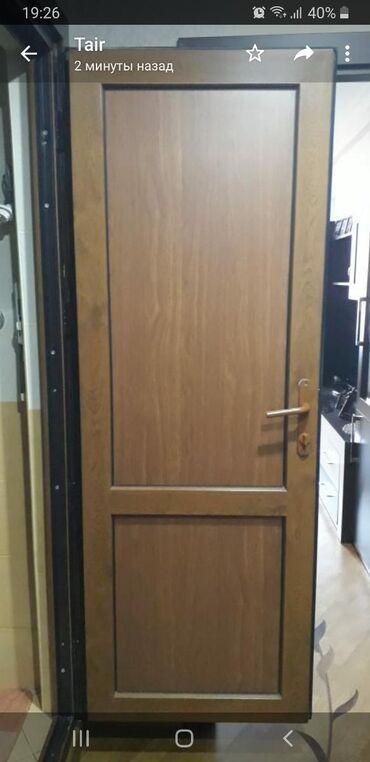 Пластиковая дверь б/у Размер 80×200. 90 манат