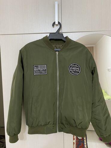 Куртки - M - Бишкек: Женская куртка  Размер S-M Цена окончательная!