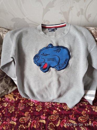 tommy hilfiger бишкек in Кыргызстан | СПОРТТУК БУТ КИЙИМ: Джемпер оригинал бренд: Tommy Hilfiger унисекс. Подойдёт и девушкам и