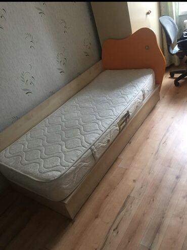 детский ортопед бишкек в Кыргызстан: Продается одноместная кровать. Ортопедический матрац. Комод под кроват