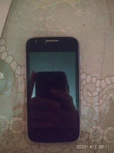 Samsung-s-4 - Кыргызстан: Самсунг Чисто для связи Экран треснут Срочно