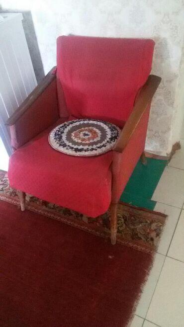 Кресла в Кара-Балта: 2кресла,650с.Кара-балта