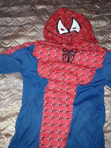 Продаю новогодний костюм человек паук 3.4.5 лет в Бишкек