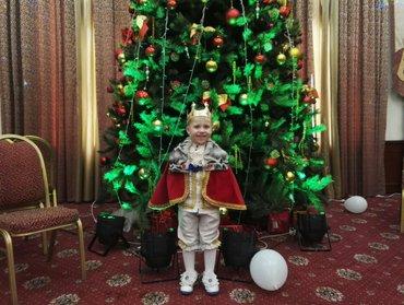 Костюм короля на новый год,на прокат шила сама,4-6 лет в Бишкек