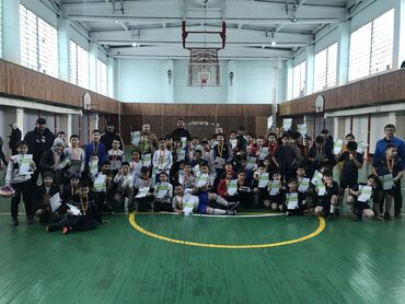 Электрик курсы - Кыргызстан: Объявляется набор детей от 6 лет на секцию по футболу в футбольный клу