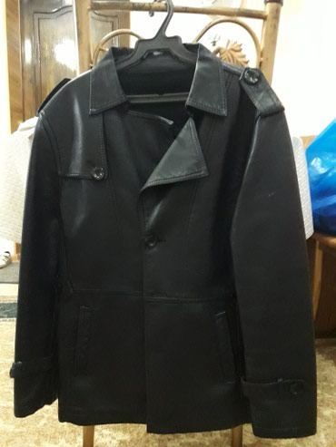 muzhskaja odezhda 40 h godov в Кыргызстан: Кожаный пиджак ( утепленный). длина 70 см. дл. рукава 58 см. шир