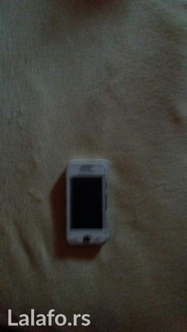 Mobilni telefoni - Leskovac: Ispravan dobro ocuvan Samsung GT - S 5230