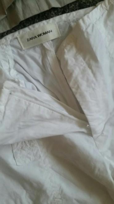 Zara pantalone 7/8  bele velicina 42. Lagane za svaki dan prijatne za - Pirot