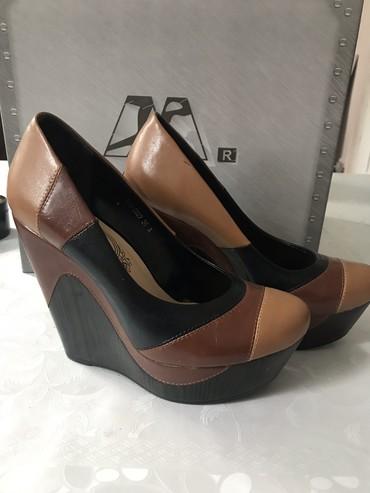 Обувь  туфли  36р новый в Бишкек