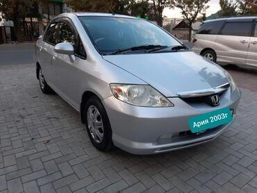 Honda Fit Aria 1.5 л. 2003